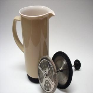 Cafetiere a piston en porcelaine